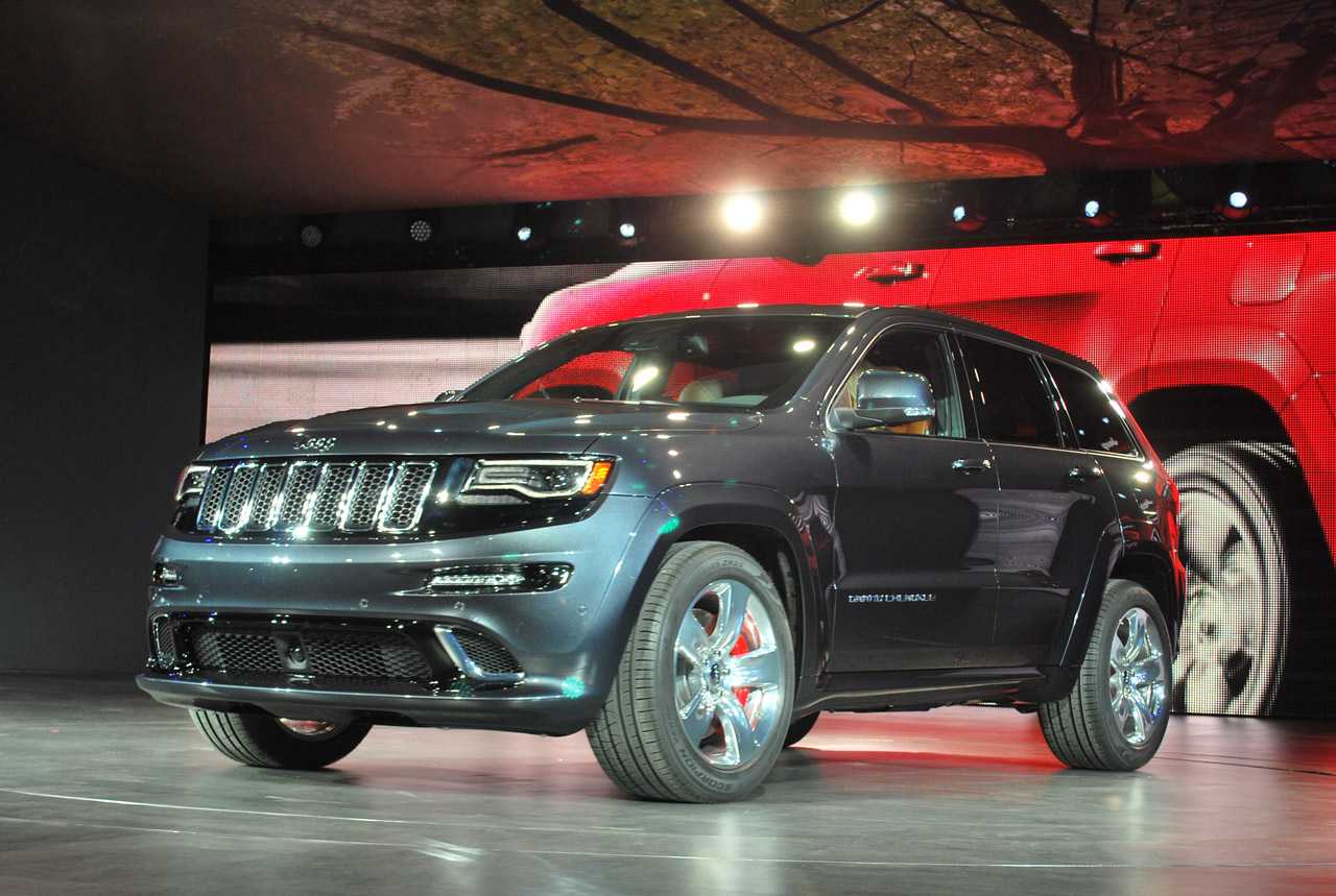 when did the 2015 grand cherokee come out 2017 2018 best cars reviews. Black Bedroom Furniture Sets. Home Design Ideas