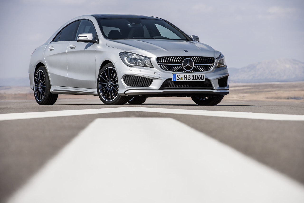 2014 mercedes benz cla250 photo gallery autoblog for Mercedes benze cla