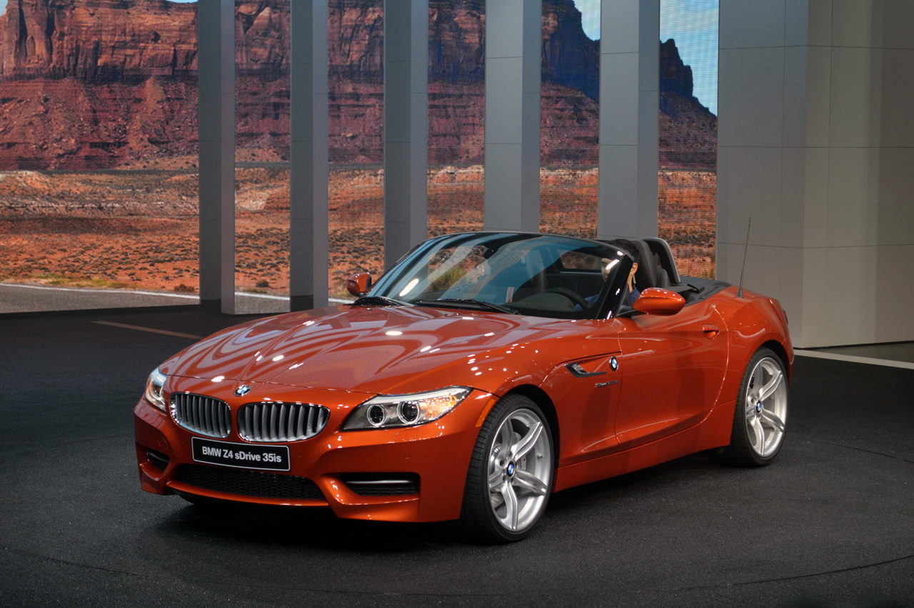 2014 Bmw Z4 Offers Minor Refinements With A Majorly Orange