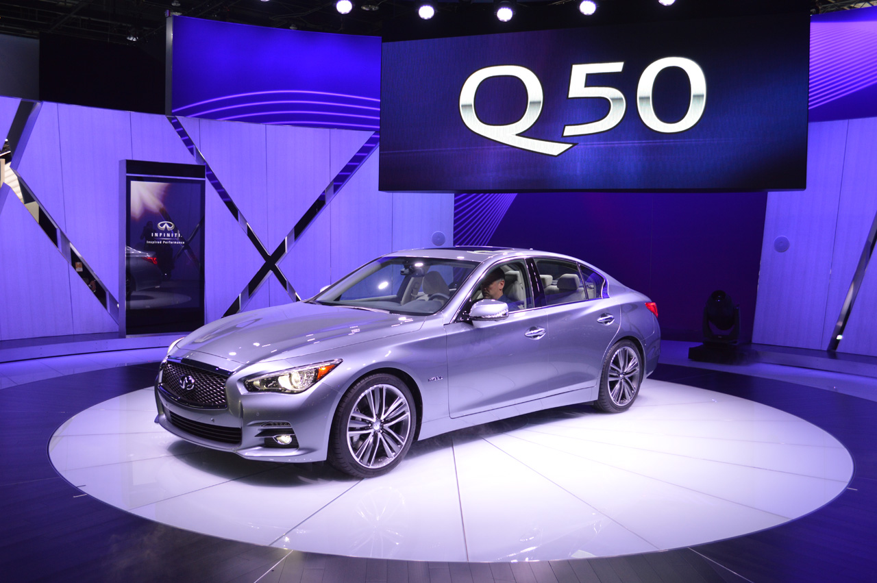 2014 infiniti q50 debuts g replacing design new hybrid model autoblog. Black Bedroom Furniture Sets. Home Design Ideas