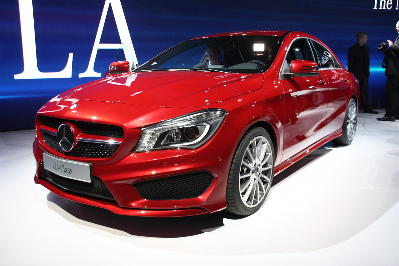 2014 mercedes benz cla class is dressed to impress autoblog for New cla mercedes benz