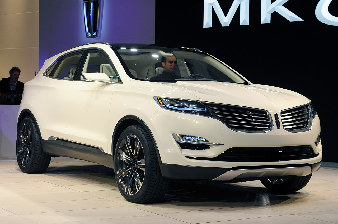 lincoln mkc concept detroit 2013 photo gallery autoblog. Black Bedroom Furniture Sets. Home Design Ideas