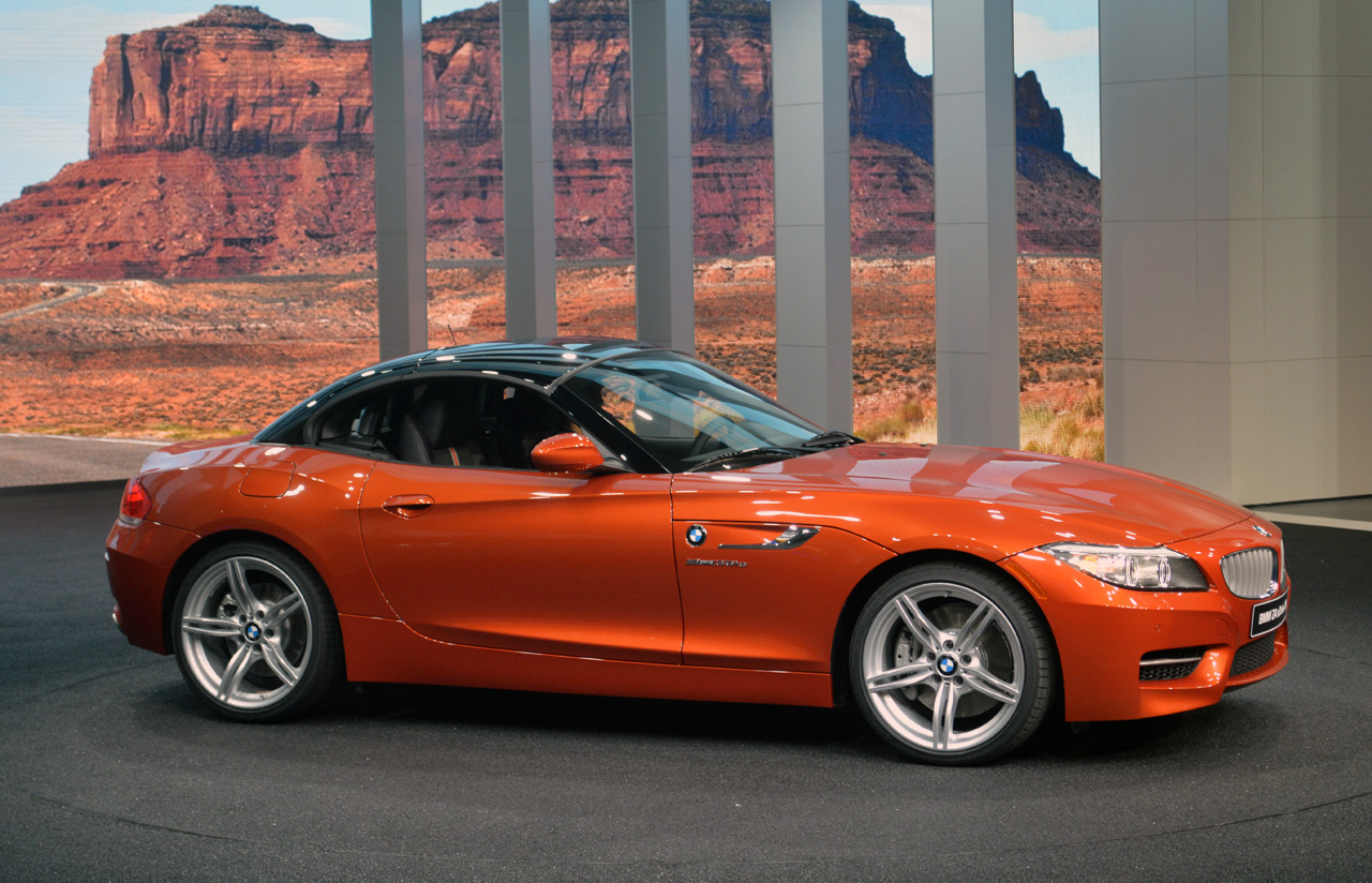 2014 Bmw Z4 Sdrive35is Detroit 2013 Photo Gallery Autoblog