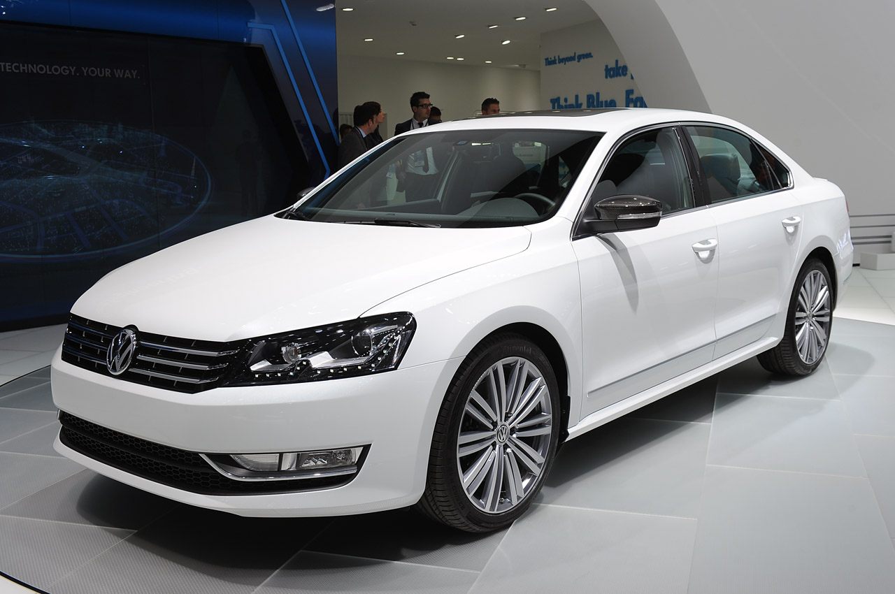 volkswagen passat performance concept detroit 2013 photo gallery autoblog. Black Bedroom Furniture Sets. Home Design Ideas