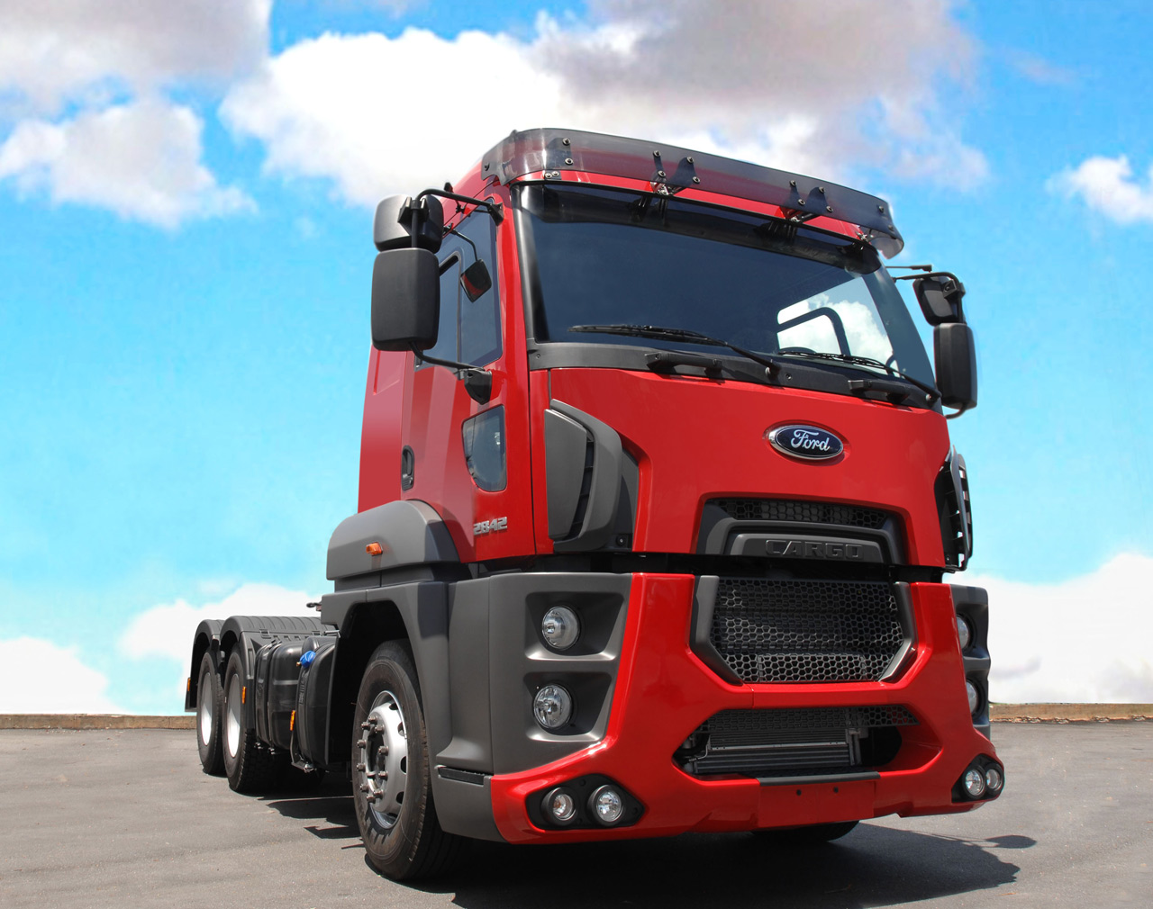 """Blue Oval's new Cargo cab-over rig is largest """"One Ford ..."""