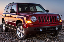 2014 Jeep Patriot - front three-quarter view, red