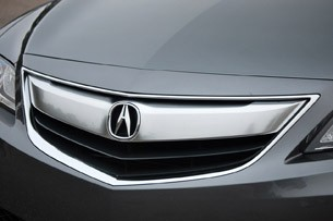 2013 Acura ILX grille