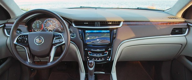 2013 Cadillac XTS interior
