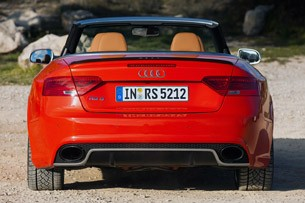 2014 Audi RS5 Cabriolet rear view