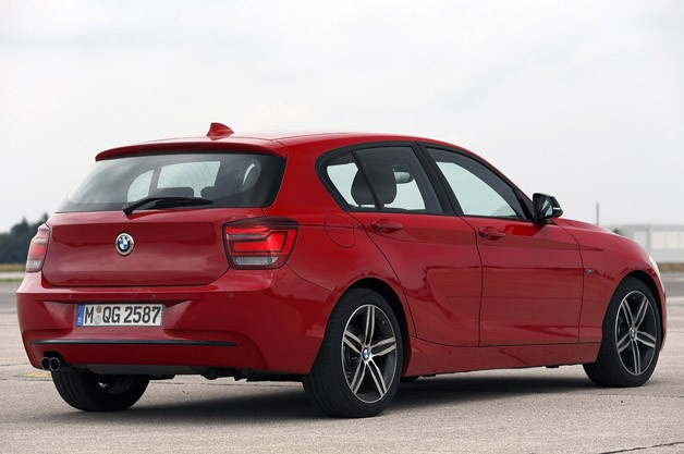 BMW 1 Series 3-cylinder rear 3/4 view