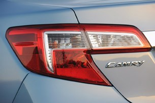 2013 Toyota Camry Hybrid taillight