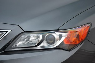 2013 Acura ILX headlight