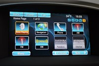 2013 Buick Verano Turbo infotainment system