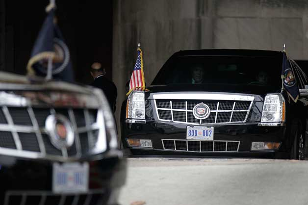Obama's limo to lift tax-protest permit image [w/video]