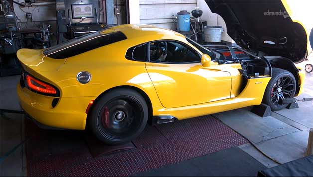 2013 SRT Viper GTS on the dyno - video screencap