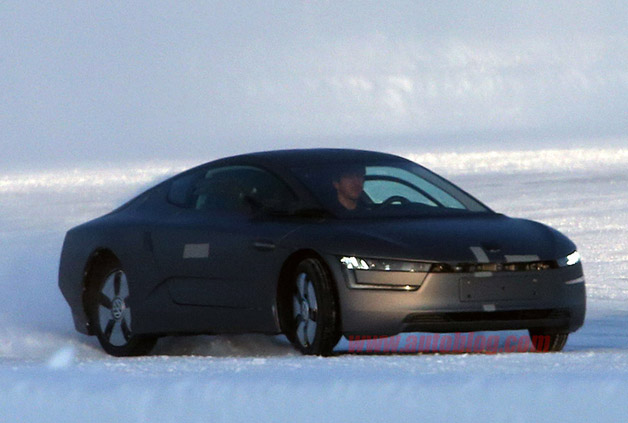 Volkswagen XL1 Spy Shots