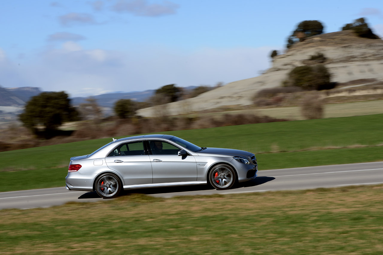 2014 mercedes benz cla45 amg first drive autos post. Cars Review. Best American Auto & Cars Review