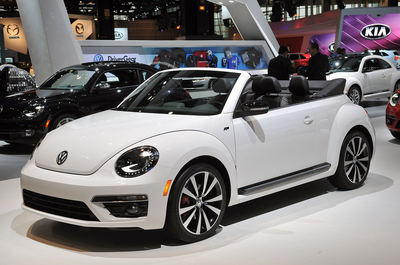 2014 Volkswagen Beetle Convertible gets the R-Line treatment - Autoblog