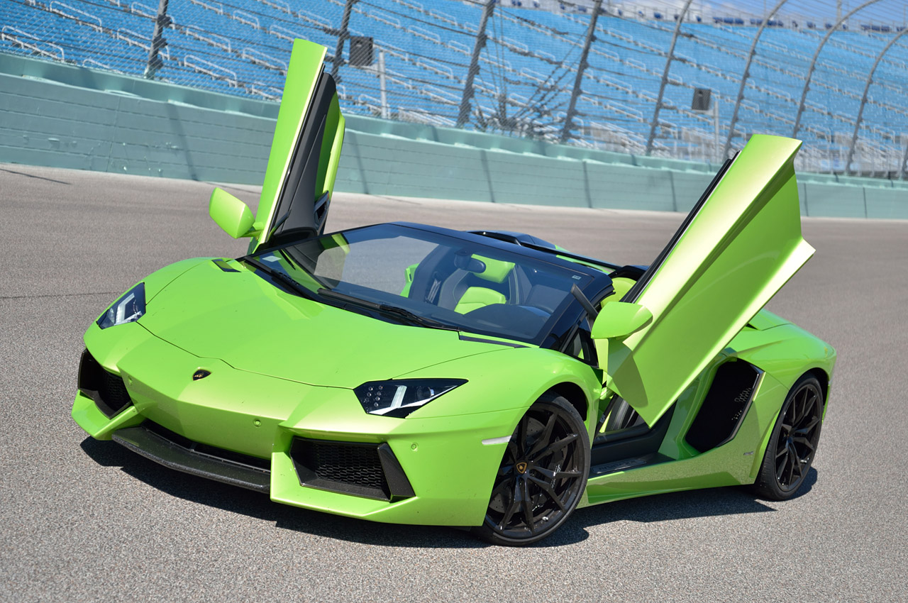 and price driver specs green lime performante photos huracan lamborghini car reviews