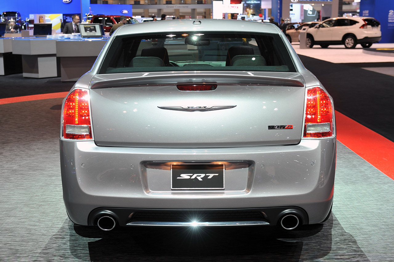 2013 chrysler 300 srt8 core model chicago 2013 photo gallery. Cars Review. Best American Auto & Cars Review