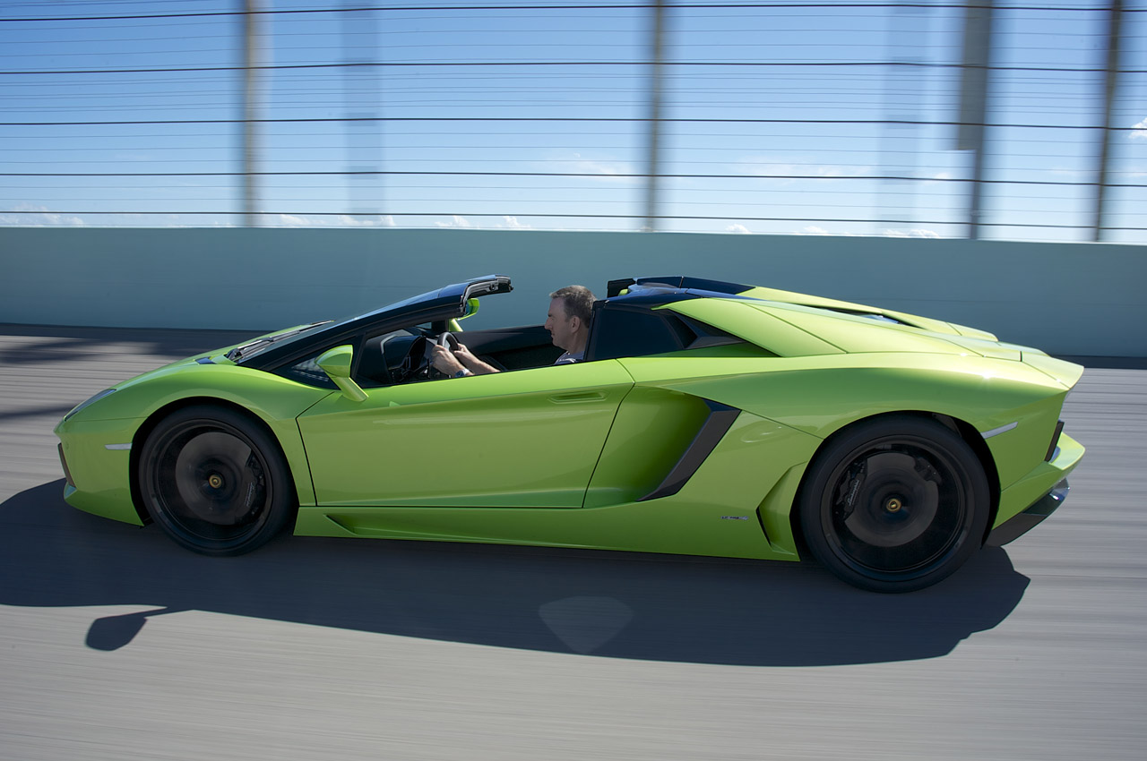 2013 lamborghini aventador lp 700 4 roadster first drive. Black Bedroom Furniture Sets. Home Design Ideas
