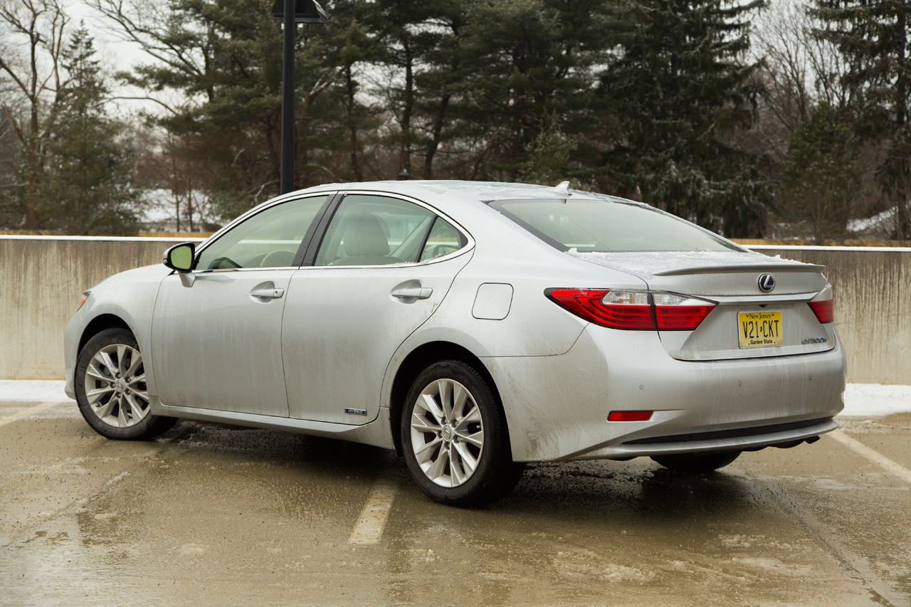 2013 lexus es300h quick spin photo gallery autoblog. Black Bedroom Furniture Sets. Home Design Ideas