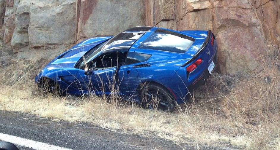 2014 Chevrolet Corvette Stingray first crash Photo Gallery