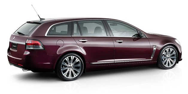 2014 Holden VF Commodore wagon - rear three-quarter view, burgundy