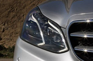 2014 Mercedes-Benz E-Class headlight