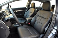 2013 Honda Civic front seats