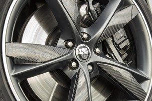 2014 Jaguar F-Type wheel