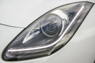 2014 Jaguar F-Type headlight
