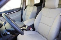 2014 Kia Sorento front seats