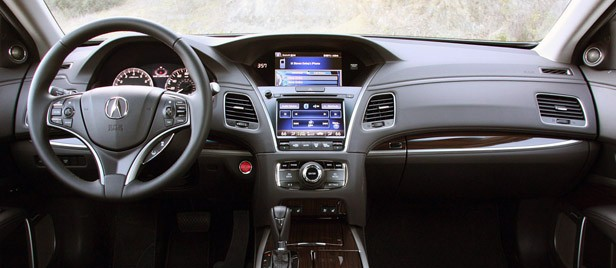 2014 Acura RLX interior