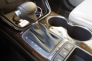 2014 Kia Sorento shifter
