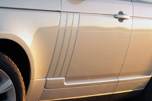2013 Land Rover Range Rover side detail
