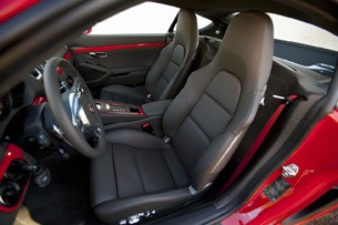 2014 Porsche Cayman S seats