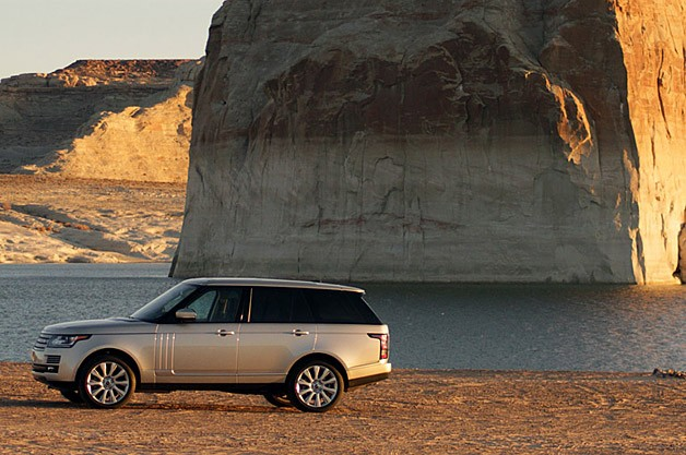 2013 Land Rover Range Rover side view