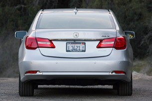 2014 Acura RLX rear view