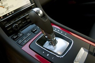 2014 Porsche Cayman S shifter