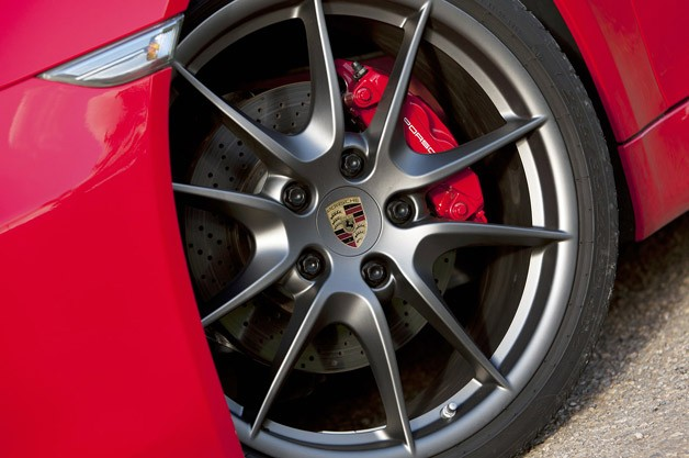 2014 Porsche Cayman S wheel