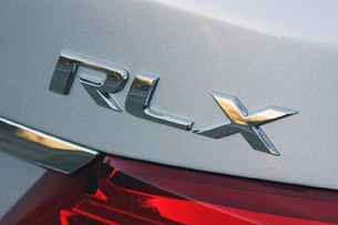 2014 Acura RLX badge