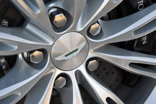 2013 Aston Martin DB9 wheel detail
