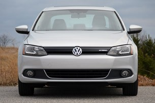 2013 Volkswagen Jetta Hybrid front view