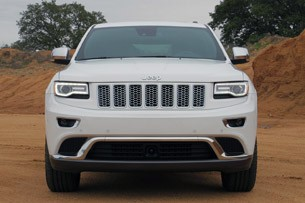 2014 Jeep Grand Cherokee EcoDiesel front view