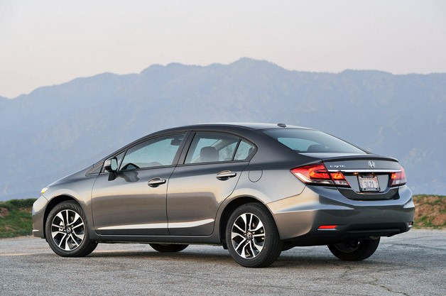 2013 Honda Civic rear 3/4 view