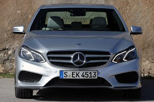 2014 Mercedes-Benz E-Class front view