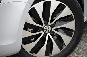 2013 Volkswagen Jetta Hybrid wheel