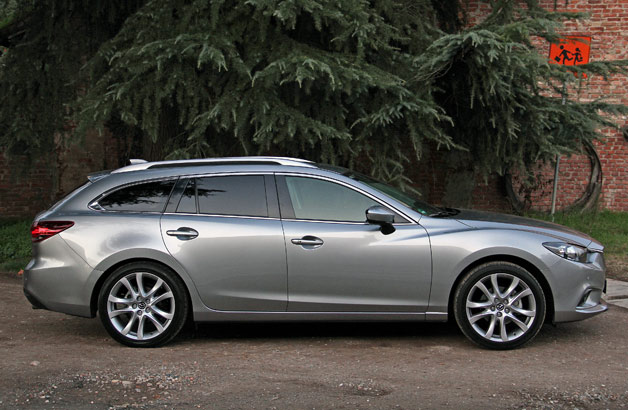 2014 Mazda6 Skyactiv-D Wagon - profile view