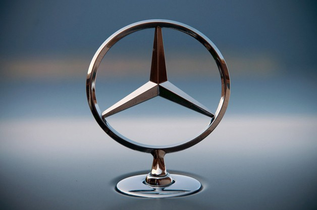Mercedes says it's tops in luxury sales for 2012, not BMW